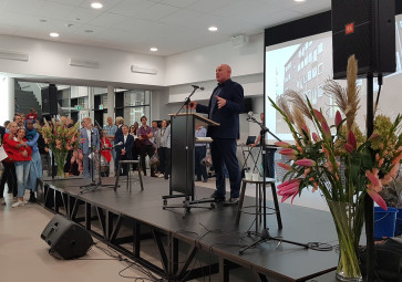 Metis Montessori Lyceum geopend door André Kuipers