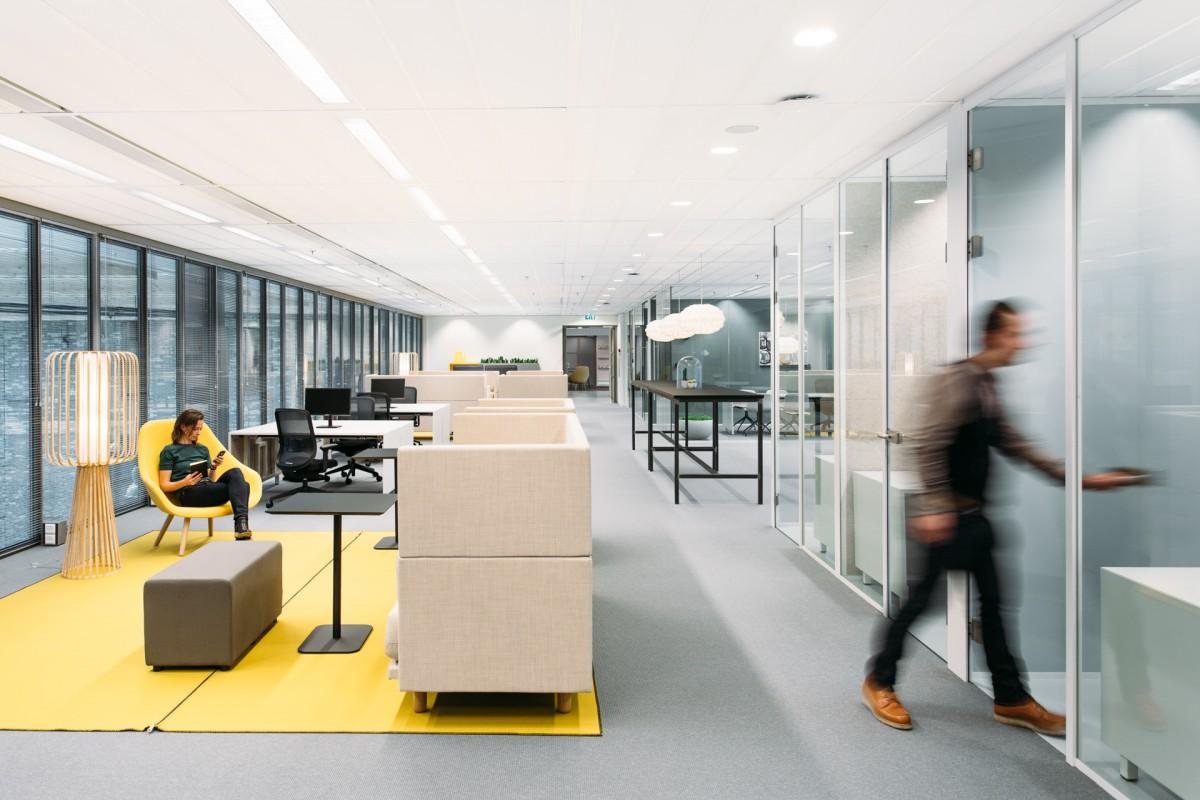 Verbouwing en nieuw interieur wtc toren c atelier pro for Interieur den haag