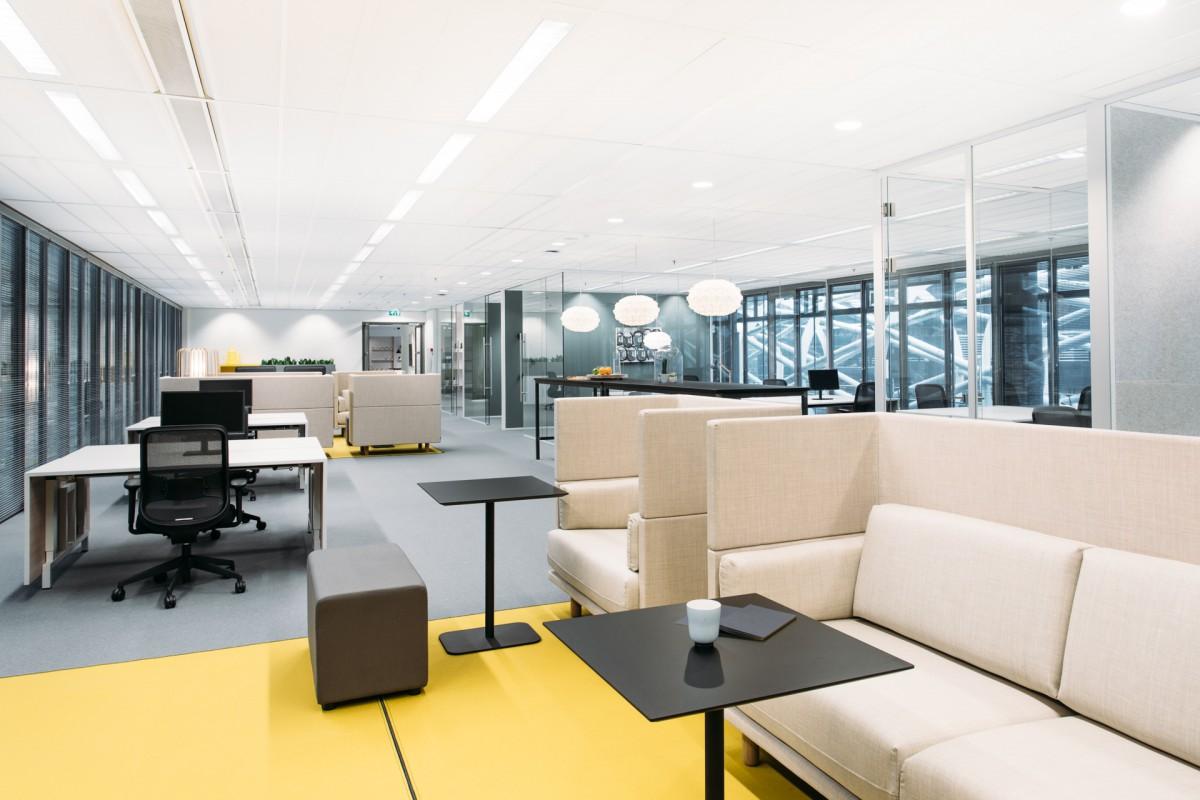 Verbouwing en nieuw interieur wtc toren c atelier pro for Auto interieur den haag